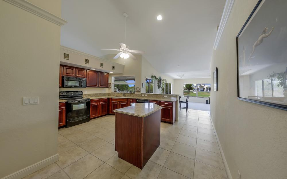 411 NE 5th Terrace, Cape Coral - Home For Sale 1437824225