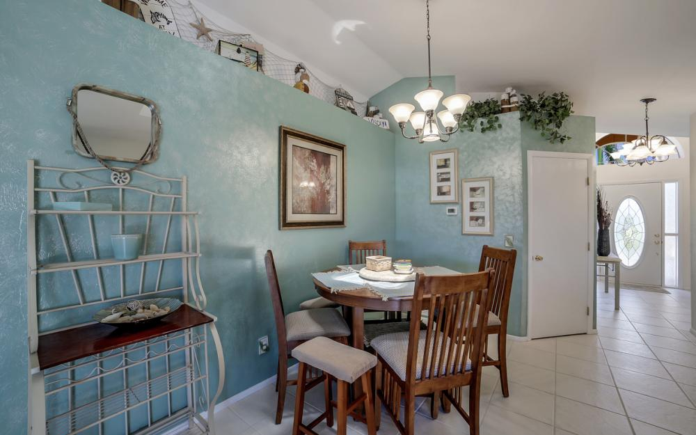 1916 SE 9th Terr, Cape Coral - Vacation Rental 864223978