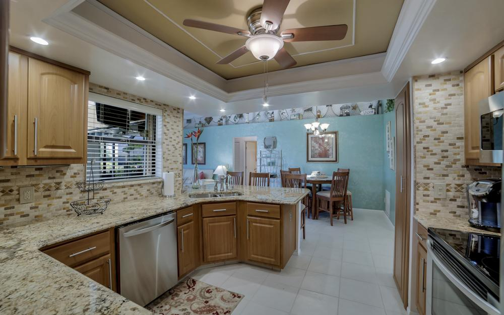 1916 SE 9th Terr, Cape Coral - Vacation Rental 2134265841