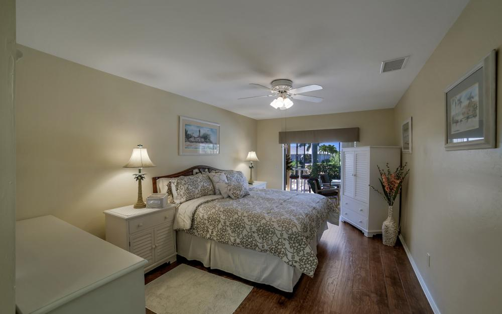 1916 SE 9th Terr, Cape Coral - Vacation Rental 868069173