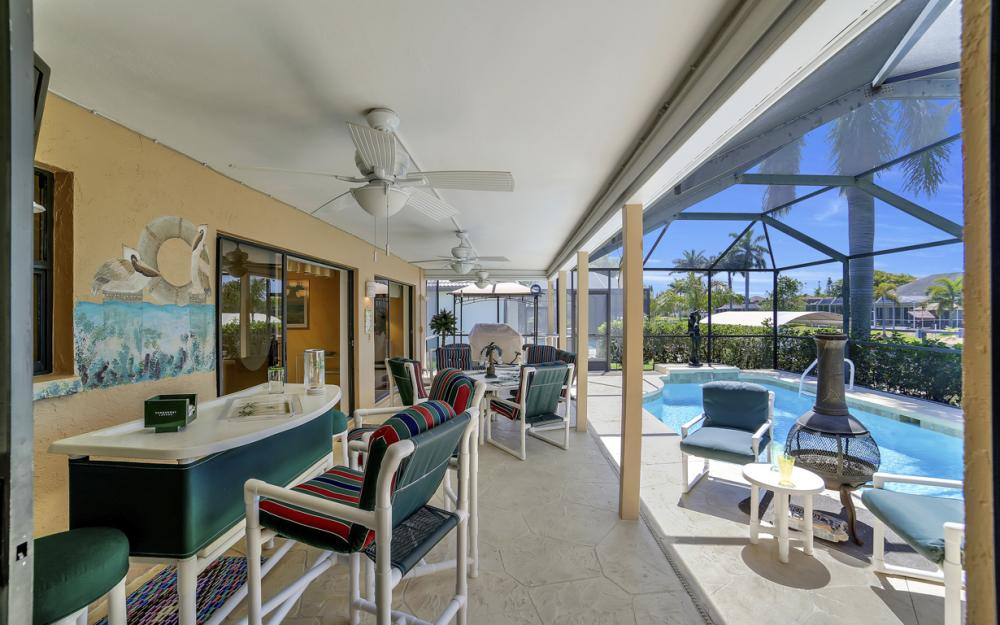 1916 SE 9th Terr, Cape Coral - Vacation Rental 444425630