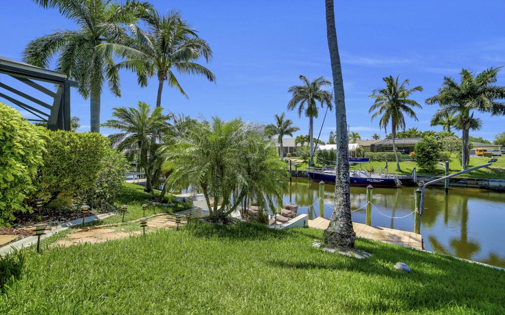 1916 SE 9th Terr, Cape Coral - Vacation Rental 531593881