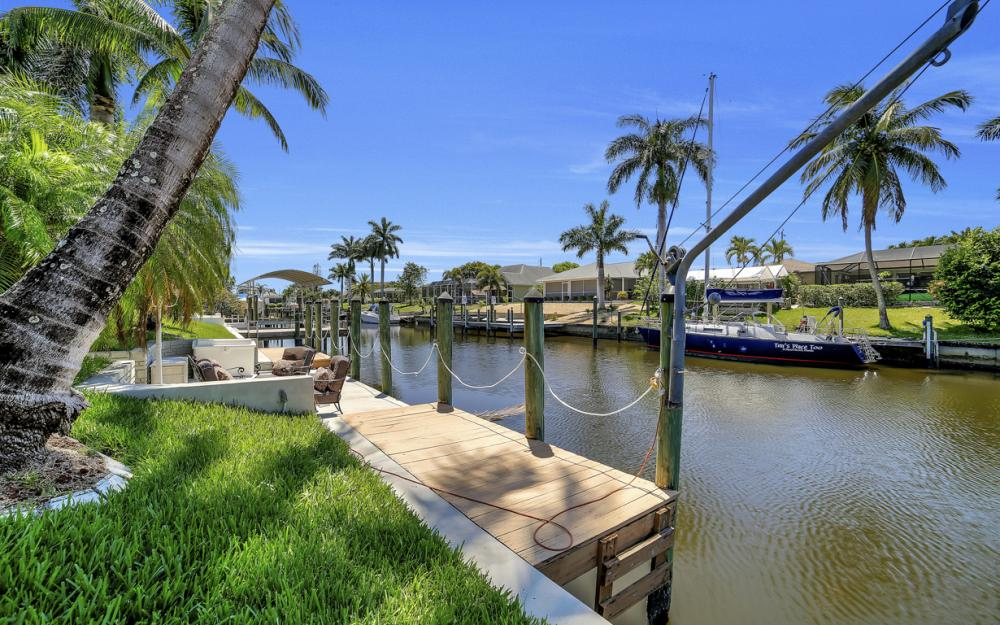 1916 SE 9th Terr, Cape Coral - Vacation Rental 1224271973