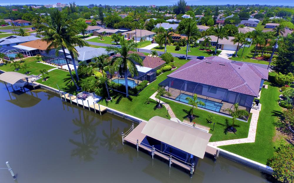 1916 SE 9th Terr, Cape Coral - Vacation Rental 1284143861