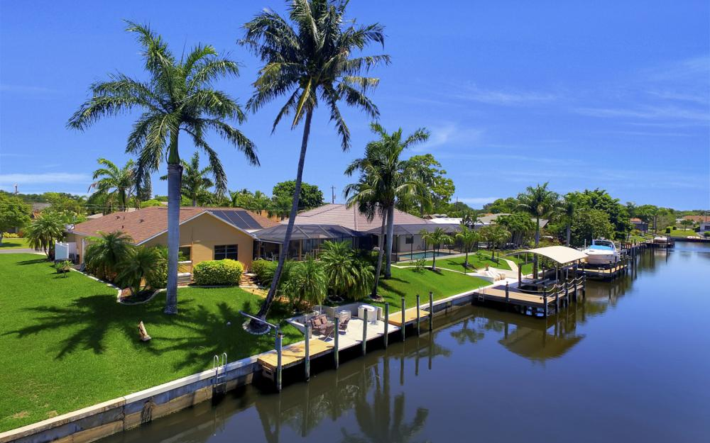 1916 SE 9th Terr, Cape Coral - Vacation Rental 1021031348