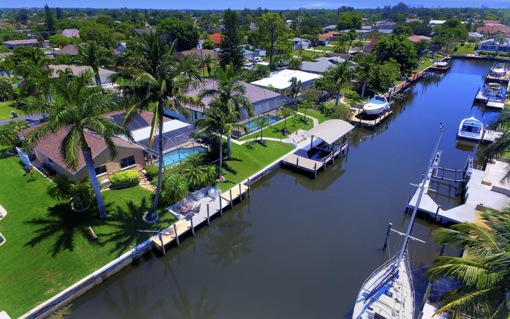 1916 SE 9th Terr, Cape Coral - Vacation Rental 1377814465