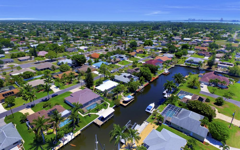 1916 SE 9th Terr, Cape Coral - Vacation Rental 1746723569