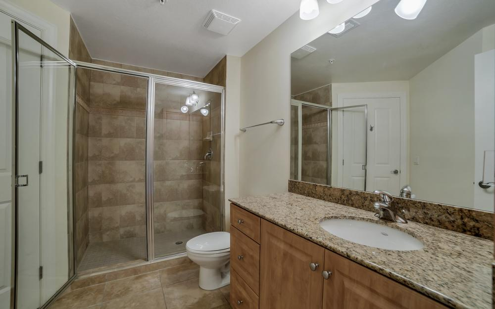 2825 Palm Beach Blvd # 608, Fort Myers - Condo For Sale 70104052