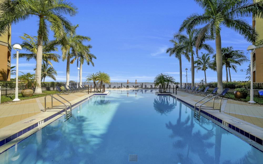 2825 Palm Beach Blvd # 608, Fort Myers - Condo For Sale 1720263812