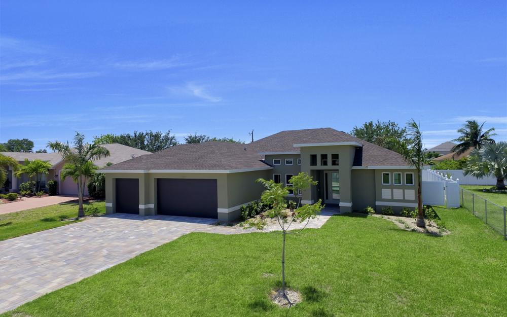 1140 SW 41st St, Cape Coral - Home For Sale 1141030958