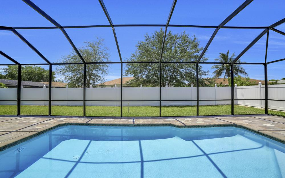 1140 SW 41st St, Cape Coral - Home For Sale 581523428