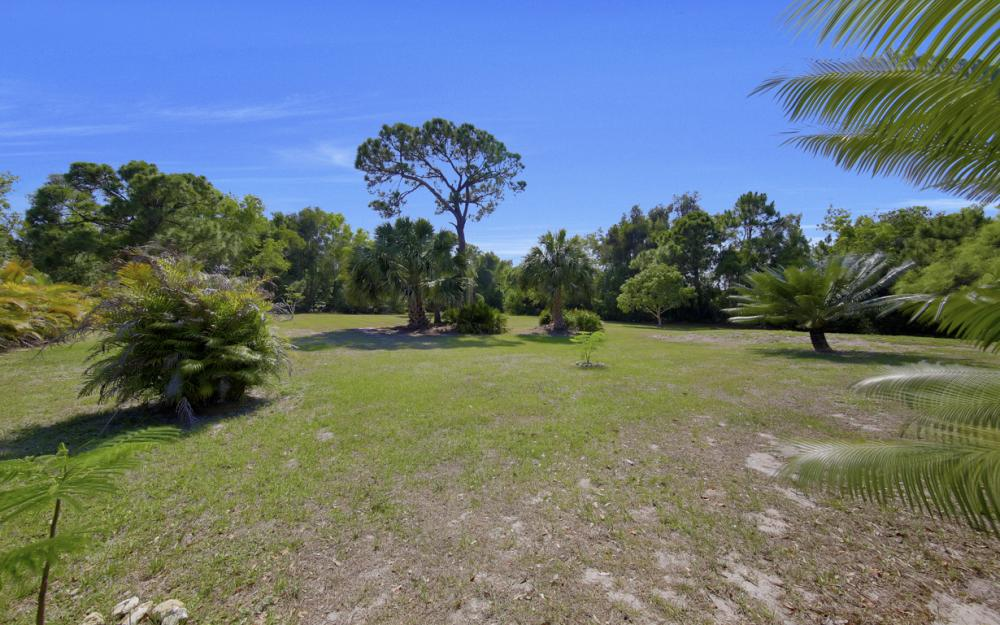 14001 Stringfellow Rd, Bokeelia - Home For Sale 149538305