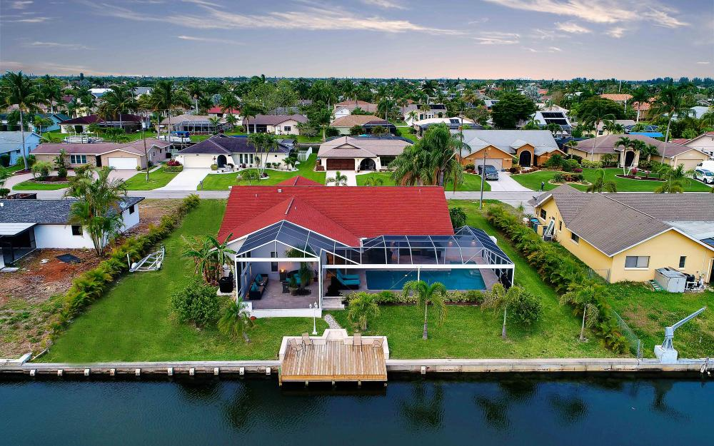 5324 SW 11th Ave, Cape Coral - Vacation Rental 640405747