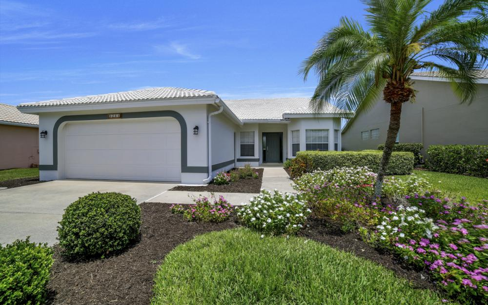 9241 Old Hickory Cir, Fort Myers - Home For Sale 1657454472