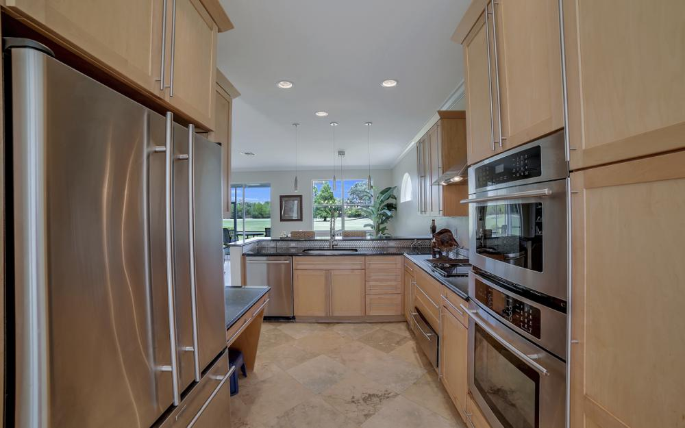 9241 Old Hickory Cir, Fort Myers - Home For Sale 1959617810