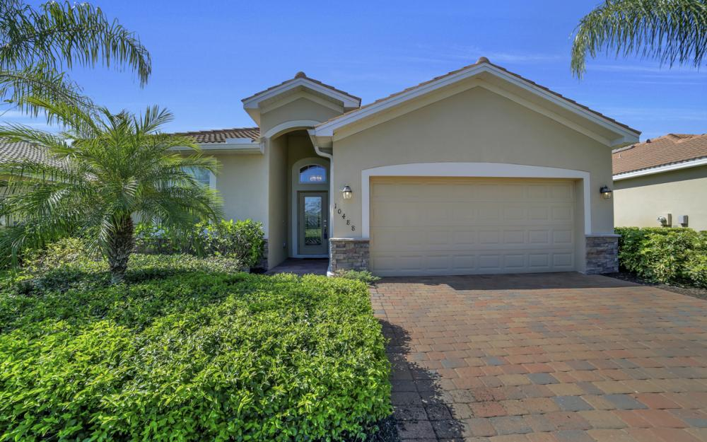 10488 Yorkstone Dr, Bonita Springs - Home For Sale 1237099677