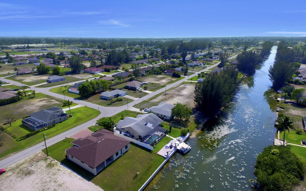 25 SW 21st St, Cape Coral - Home For Sale 1328490646