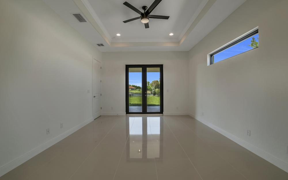 25 SW 21st St, Cape Coral - Home For Sale 202466567