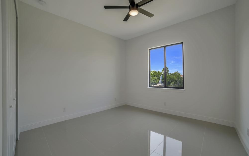 25 SW 21st St, Cape Coral - Home For Sale 576477608
