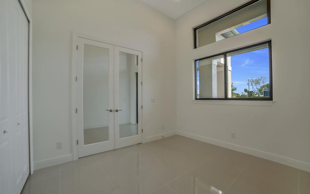 25 SW 21st St, Cape Coral - Home For Sale 711863776