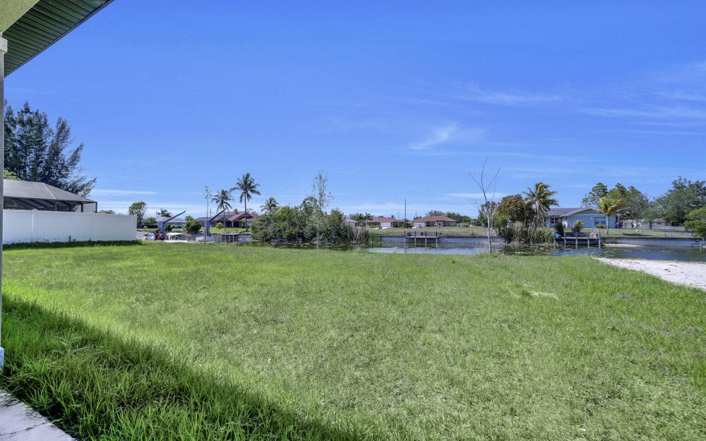 25 SW 21st St, Cape Coral - Home For Sale 1206125247