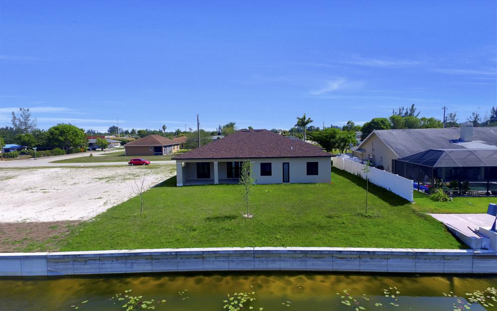 25 SW 21st St, Cape Coral - Home For Sale 314749573