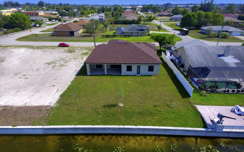 25 SW 21st St, Cape Coral - Home For Sale 890900520
