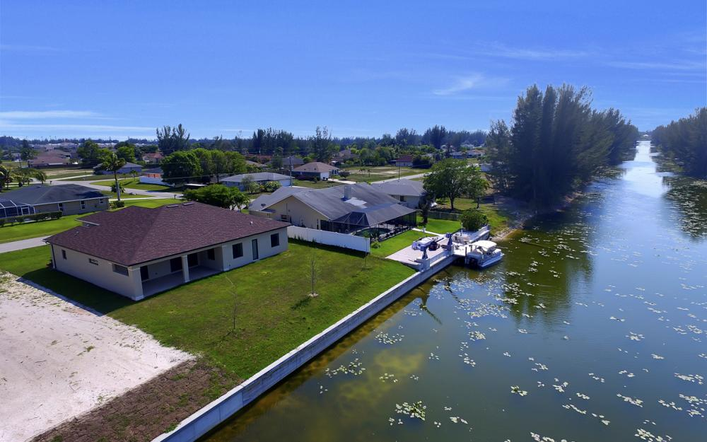 25 SW 21st St, Cape Coral - Home For Sale 1903515280