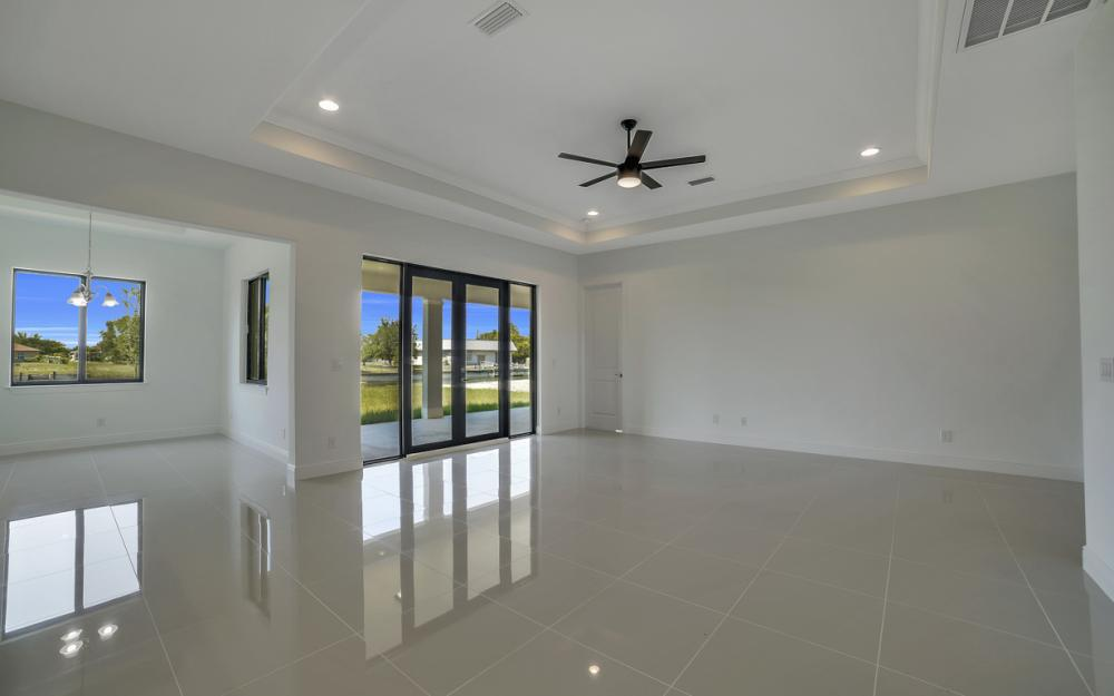 25 SW 21st St, Cape Coral - Home For Sale 806184935
