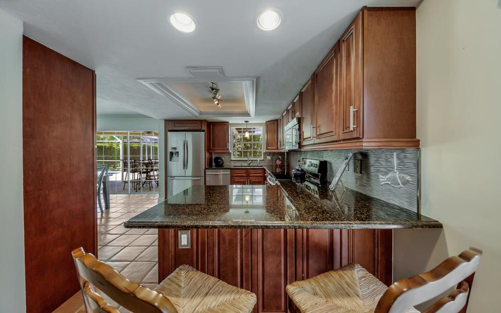 186 Beachcomber St - Vacation Rental Marco Island 1164649070