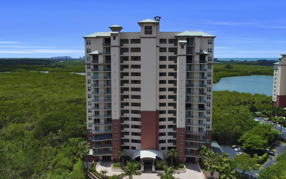 425 Cove Tower Dr, Unit #502, Naples - Condo For Sale 1901384983