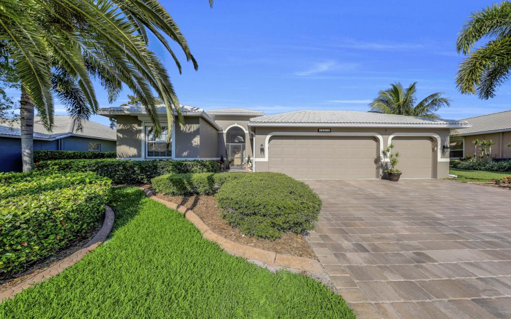 14370 Hickory Fairway Ct, Fort Myers - Home For Sale 392774561