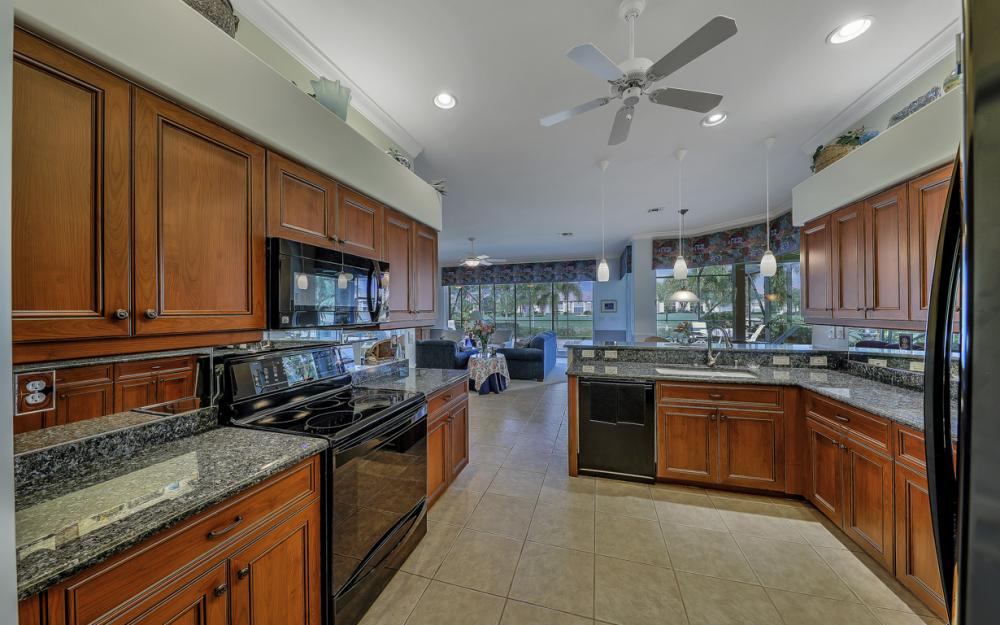 14370 Hickory Fairway Ct, Fort Myers - Home For Sale 1520368087