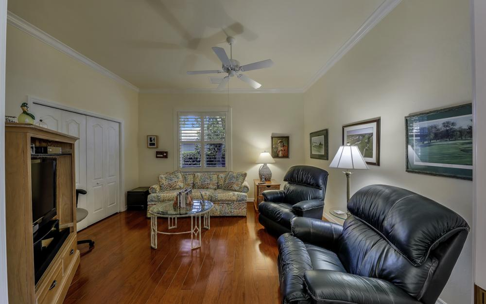 14370 Hickory Fairway Ct, Fort Myers - Home For Sale 1275113100