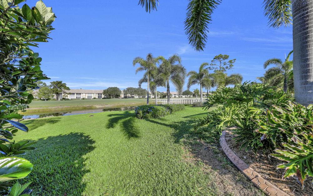14370 Hickory Fairway Ct, Fort Myers - Home For Sale 1017421195