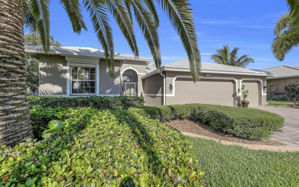 14370 Hickory Fairway Ct, Fort Myers - Home For Sale 1233538765