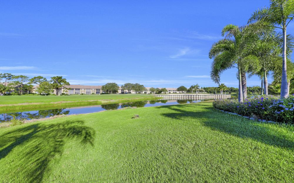 14370 Hickory Fairway Ct, Fort Myers - Home For Sale 358537757