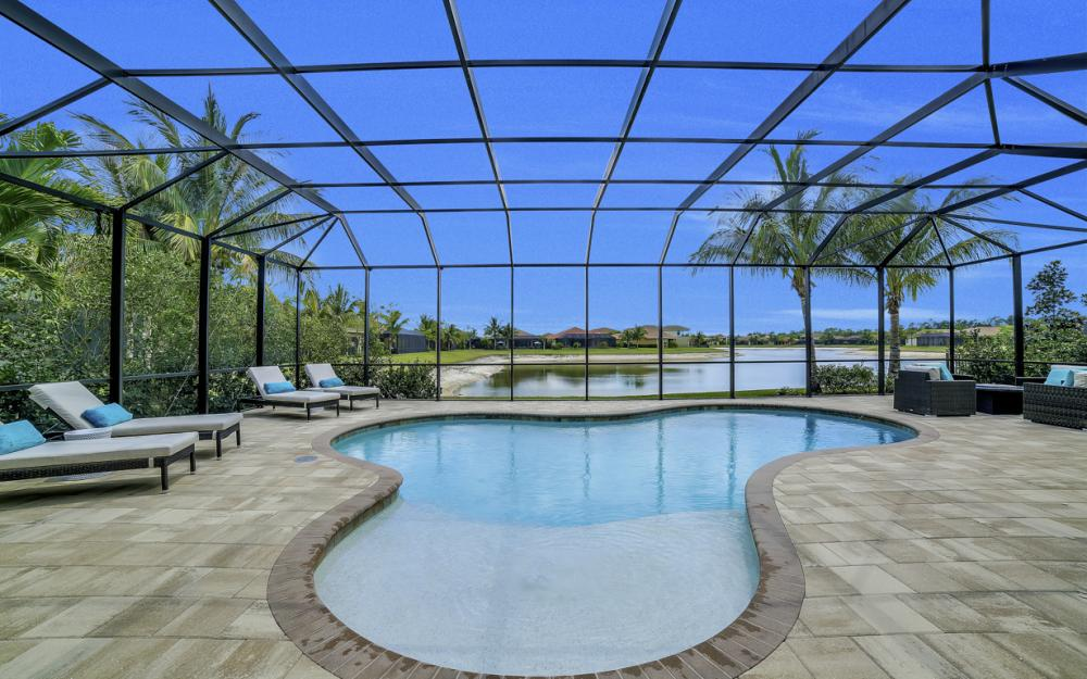 3990 Bering Ct, Naples - Home For Sale 401525410