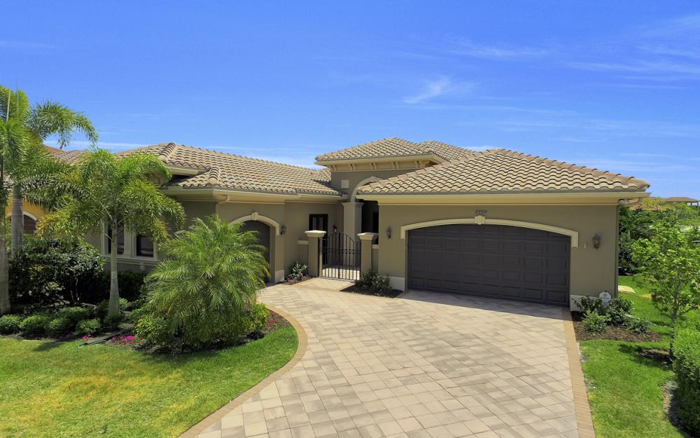 3990 Bering Ct, Naples - Home For Sale 1994787070