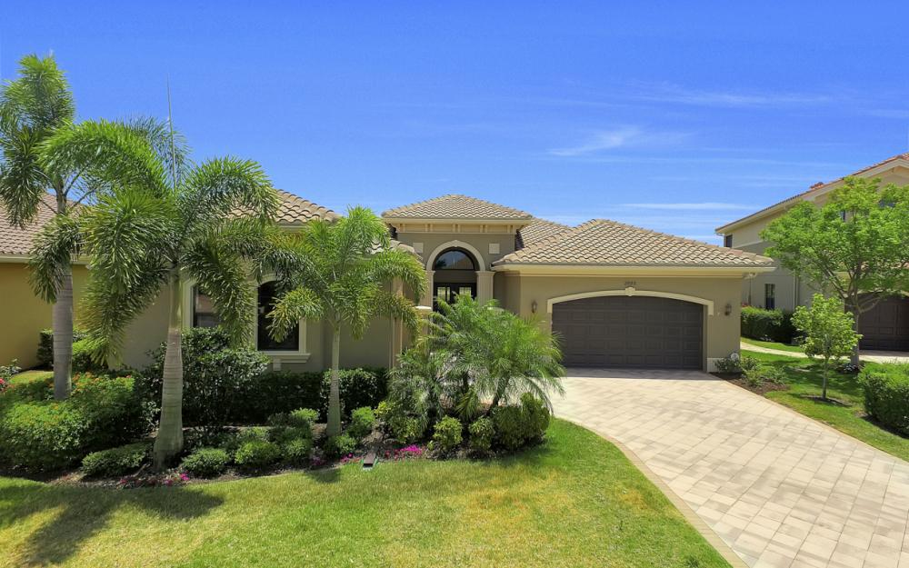 3990 Bering Ct, Naples - Home For Sale 207554686