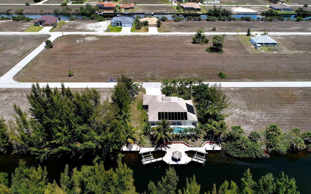 1638 NW 38th Pl, Cape Coral - Vacation Rental 1626910003