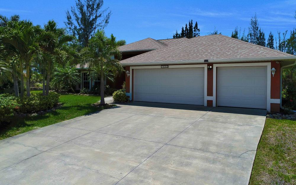 1638 NW 38th Pl, Cape Coral - Vacation Rental 1914499183