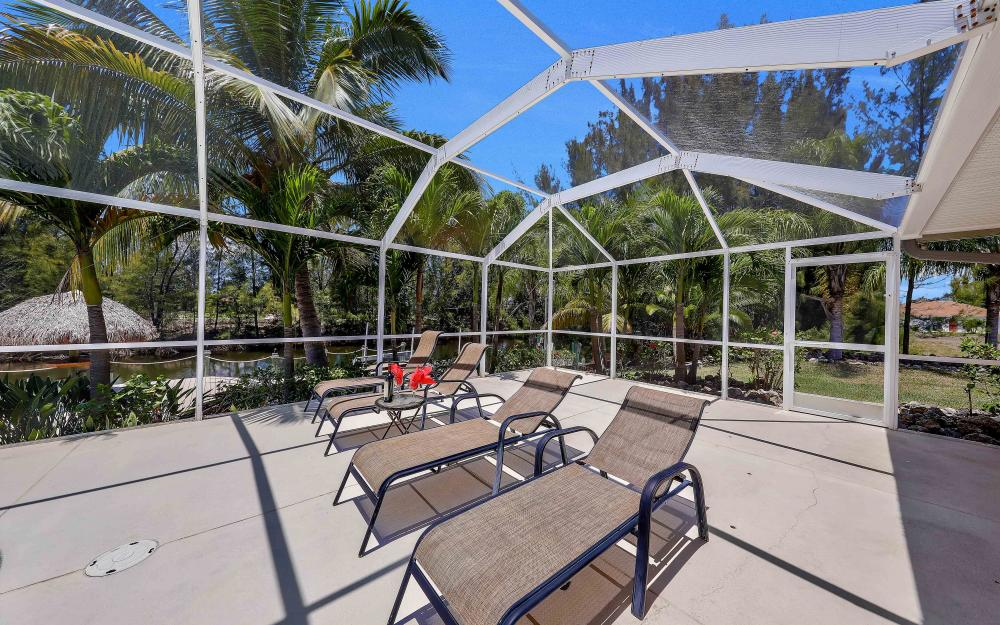 1638 NW 38th Pl, Cape Coral - Vacation Rental 2094102845