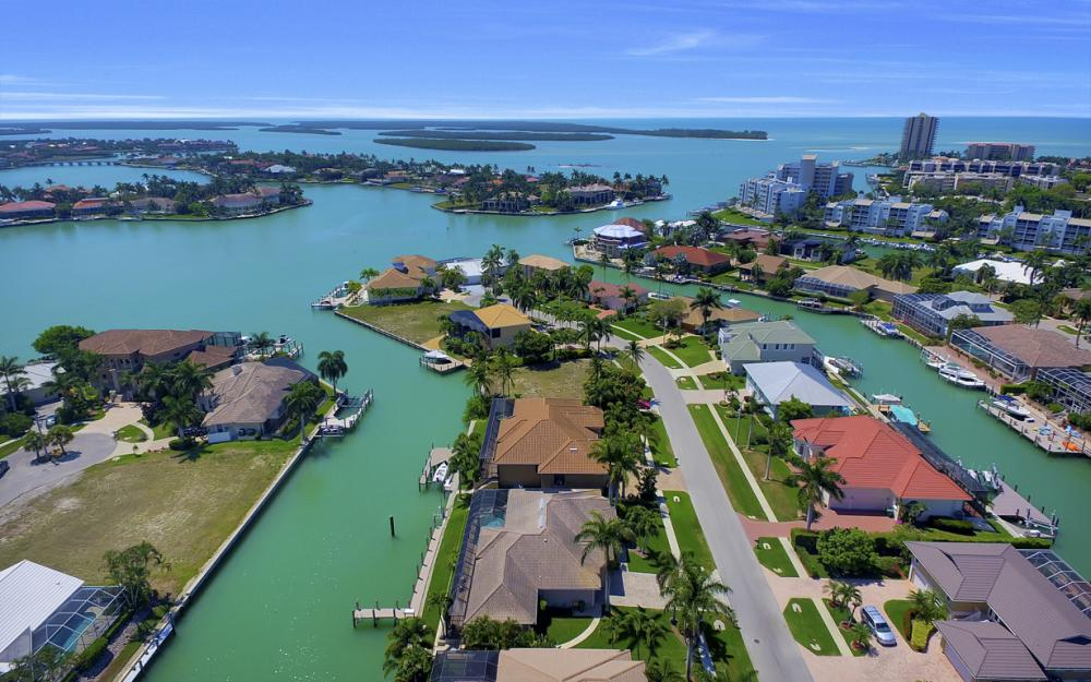1221 Stone Ct, Marco Island - Home For Sale 13524181