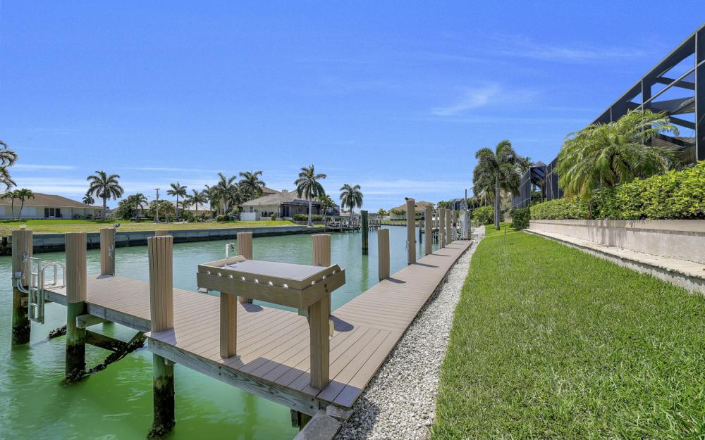 1221 Stone Ct, Marco Island - Home For Sale 508748768