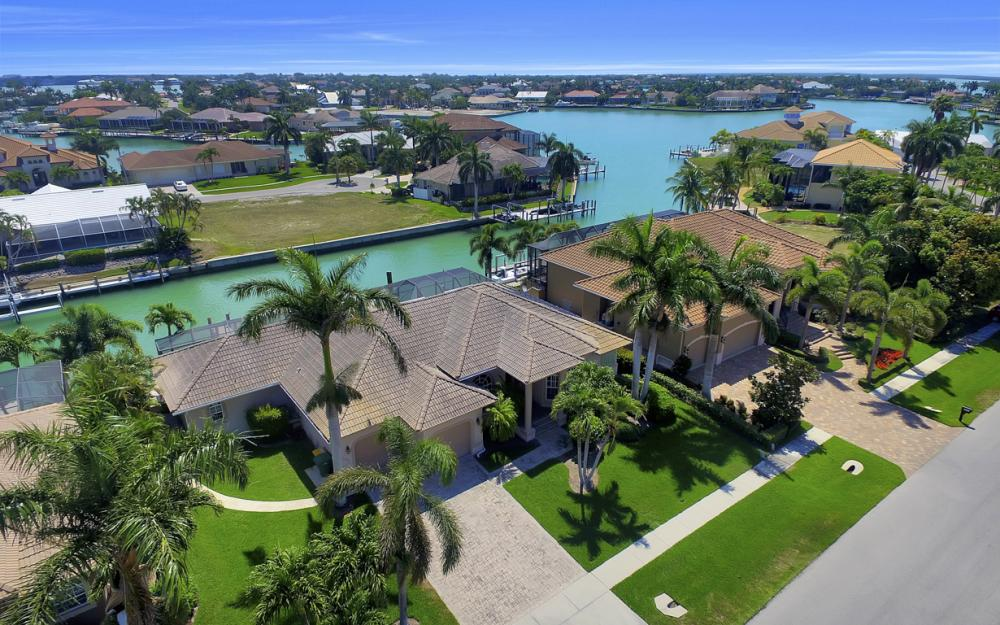 1221 Stone Ct, Marco Island - Home For Sale 246508322
