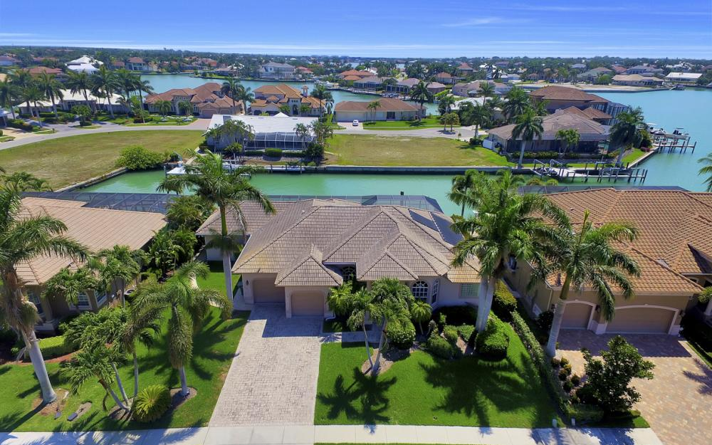 1221 Stone Ct, Marco Island - Home For Sale 1059655582