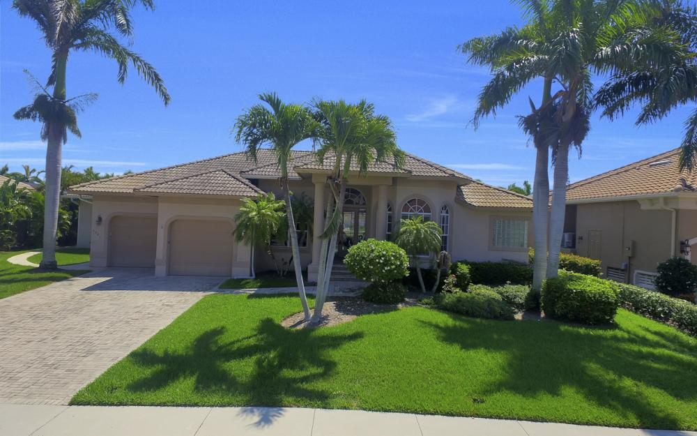 1221 Stone Ct, Marco Island - Home For Sale 609670698