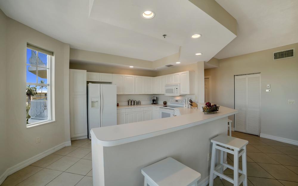 1141 Swallow Ave #402, Marco Island - Condo For Sale 710239655