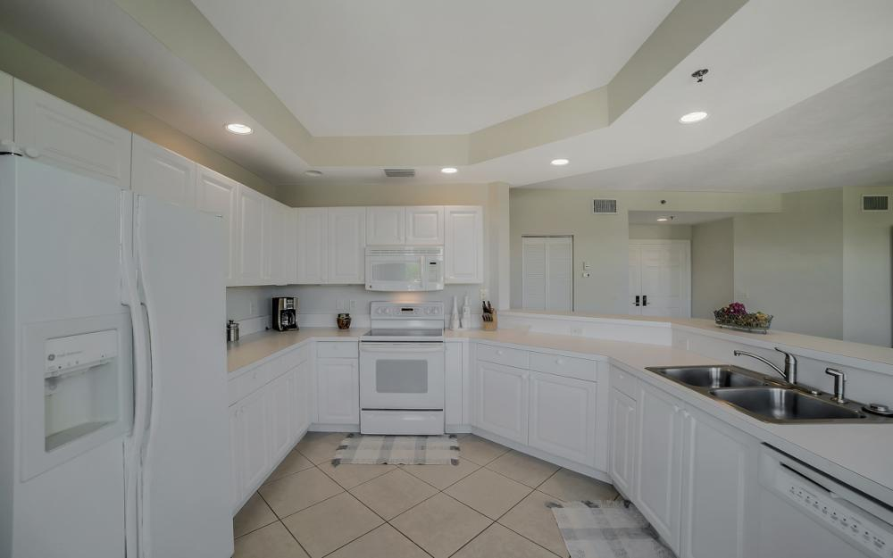 1141 Swallow Ave #402, Marco Island - Condo For Sale 1613522924